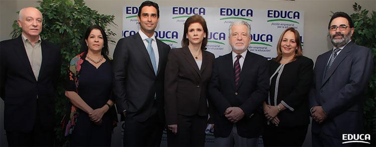 Empresarios comprometidos con la erradicación del analfabetismo