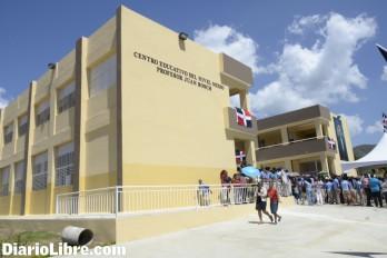 Danilo Medina quiere 10 mil aulas estén listas en agosto