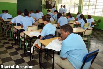 Irán a pruebas hoy 158,495 alumnos