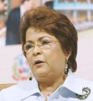 Alejandrina Germán llama a Educación revisar elaboración de las Pruebas Nacionales