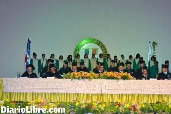 La UNPHU entrega 415 profesionales a la sociedad