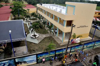 Presidente Medina entrega cinco escuelas a las provincias Hermanas Mirabal y Duarte
