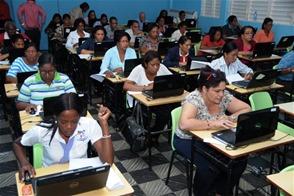 Educación requiere entre 400 y 500 docentes de media