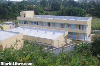 Una escuela cerrada, porque el Minerd no paga los terrenos