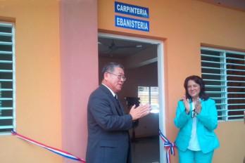 Amplían cursos técnicos para embarazadas en Santo Domingo Este