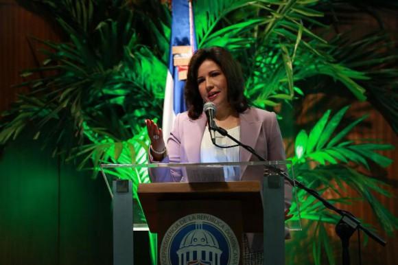 Vicepresidenta anima a los jóvenes a empoderarse de herramientas  tecnológicas