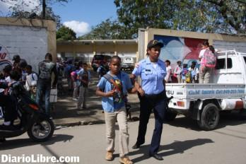 Policía Escolar aumenta seguridad en los planteles