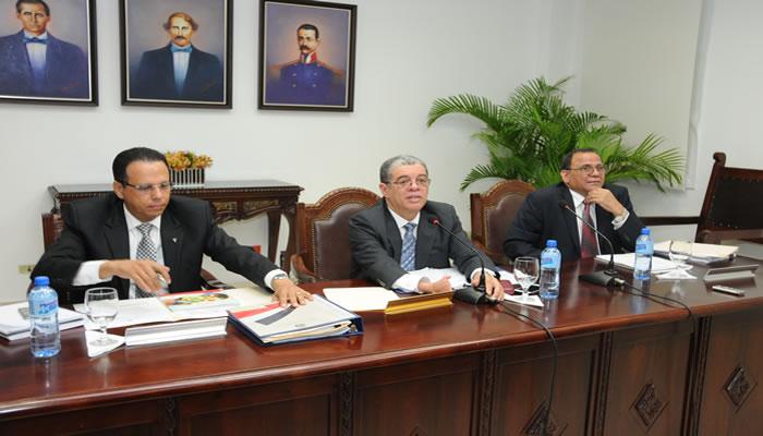 Ministerio Educación inicia transformación en formación y preparación de maestros y maestras