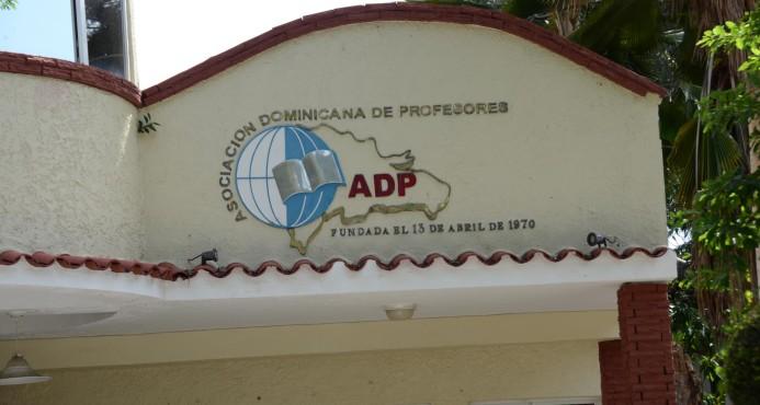 La ADP dice que es insuficiente el aumento de salario que dispuso Educación
