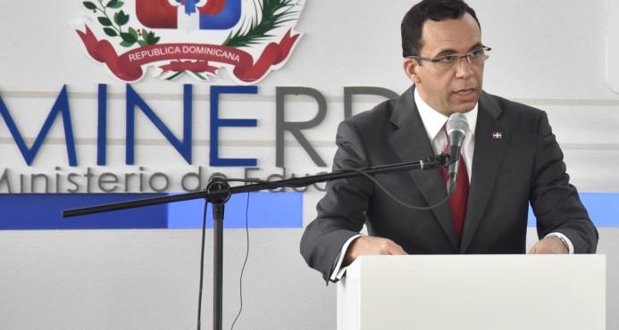 Ministro de Educación debatirá con estudiantes en un foro nacional
